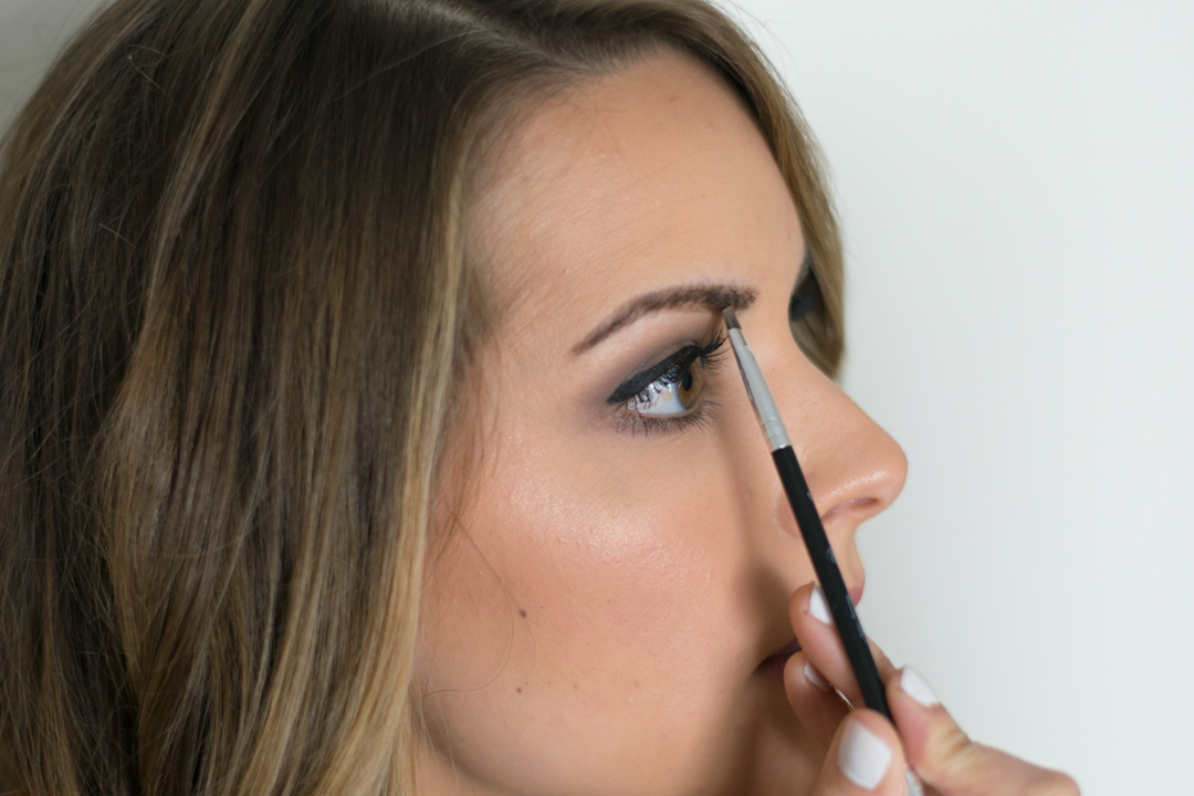 How-to-fill-eyebrows-10
