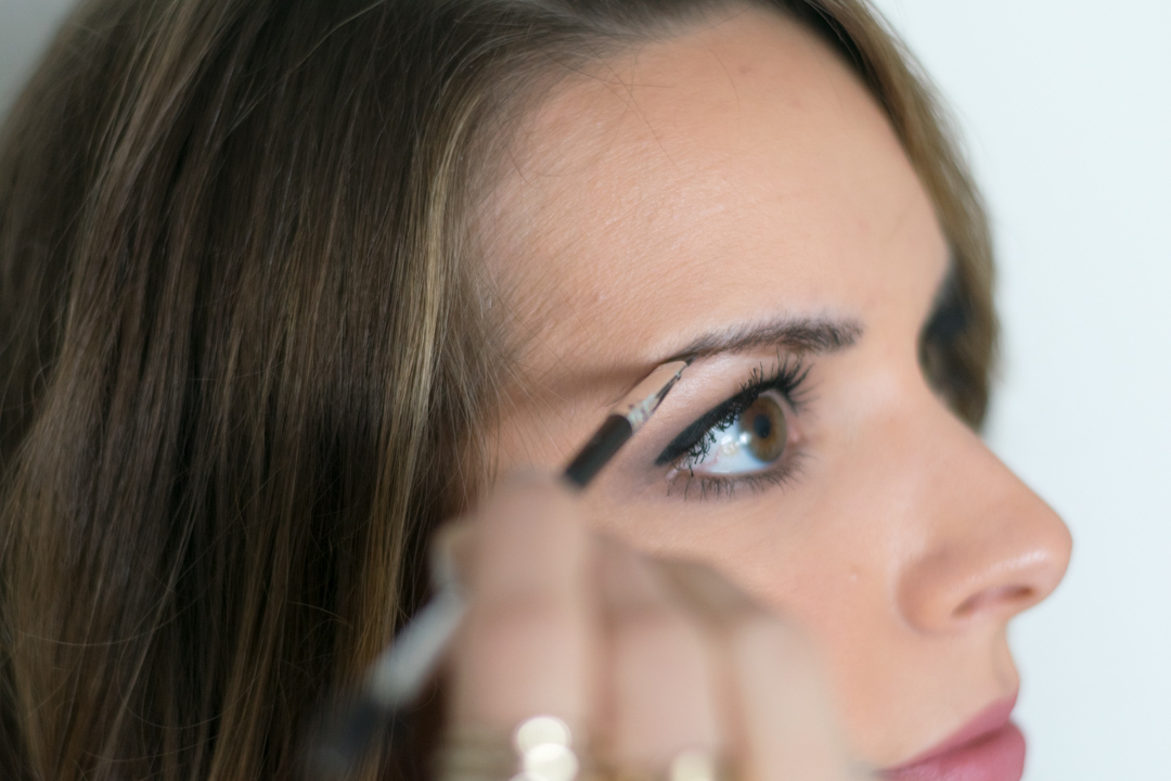 How-to-fill-eyebrows-3