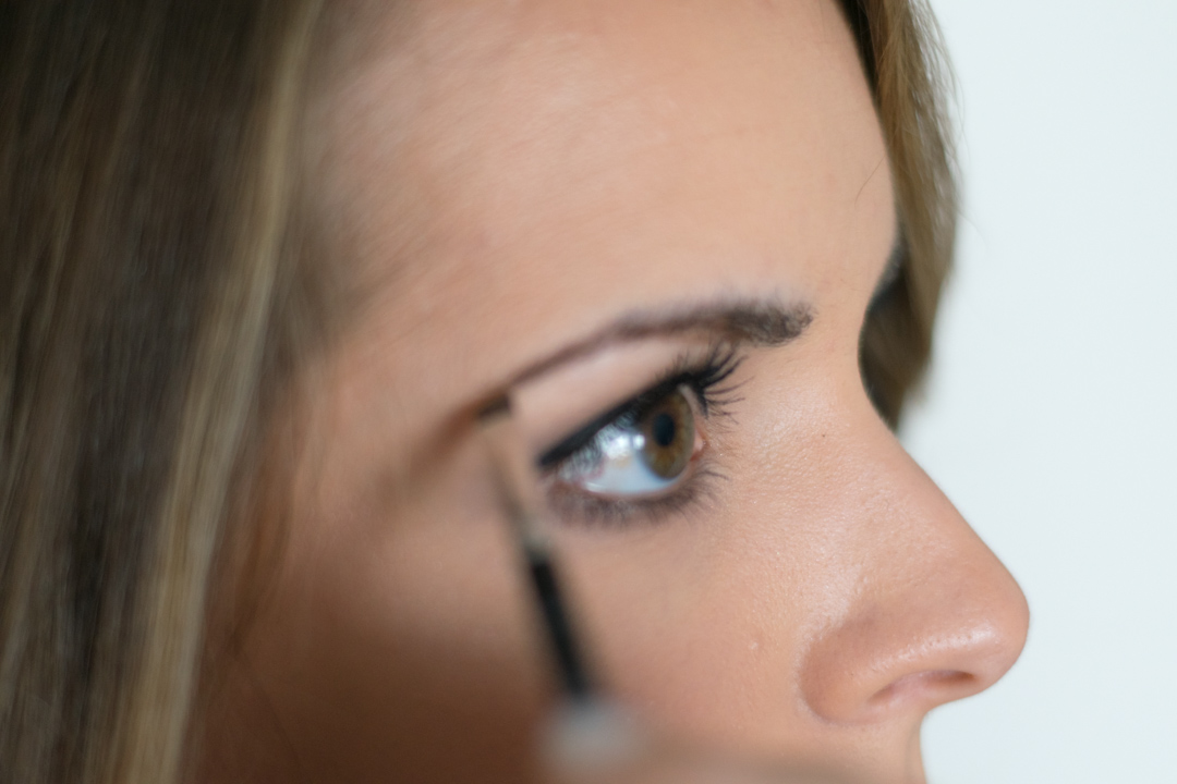 How-to-fill-eyebrows-4