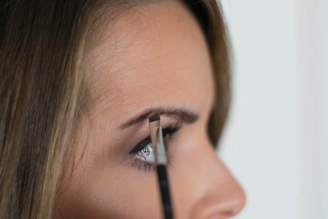 How-to-fill-eyebrows-5