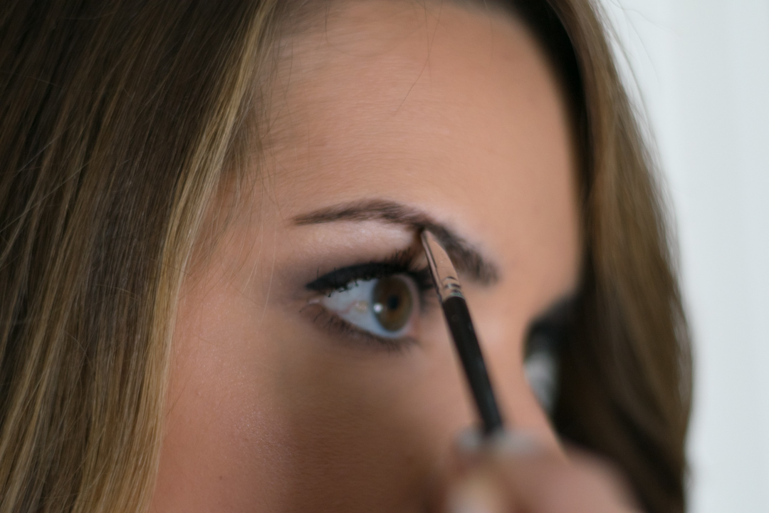 How-to-fill-eyebrows-7
