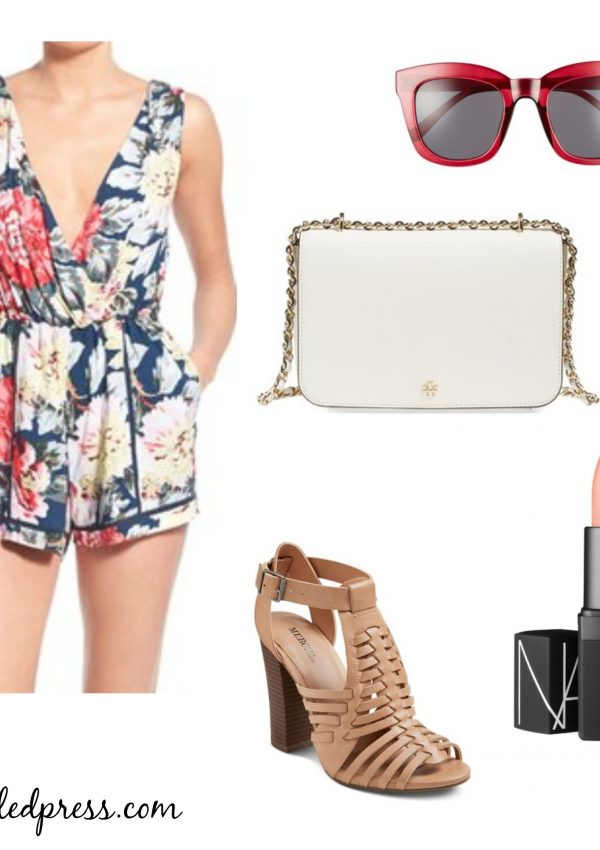 4th-of-July-Outfit-Floral-Romper