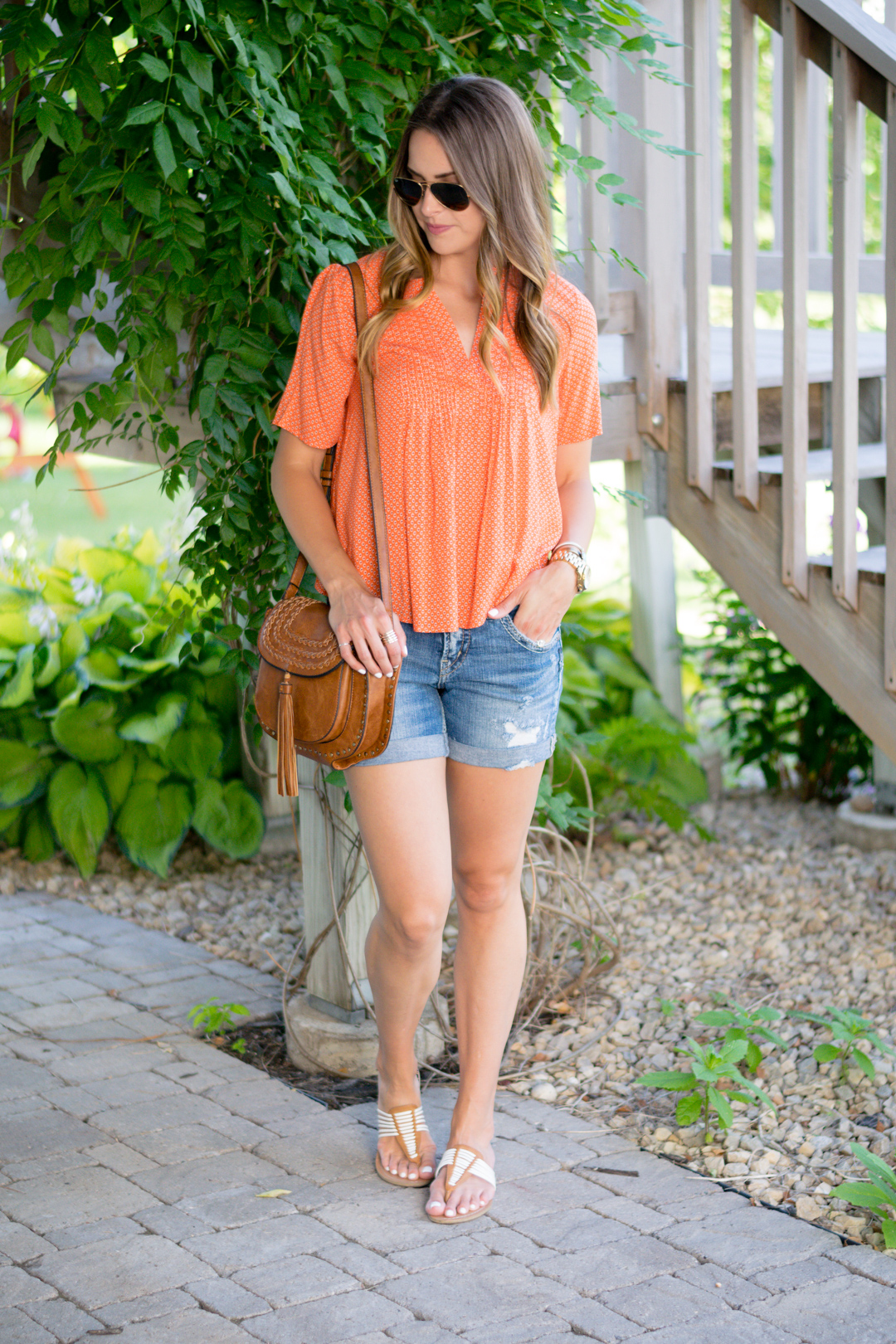 orange-top-outfit