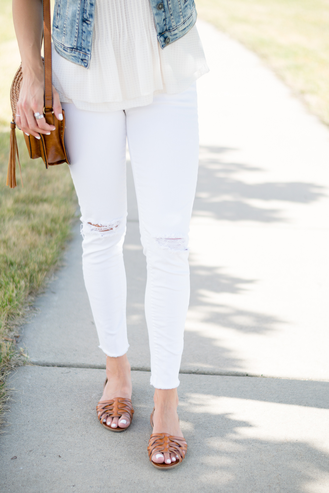 distressed-white-denim