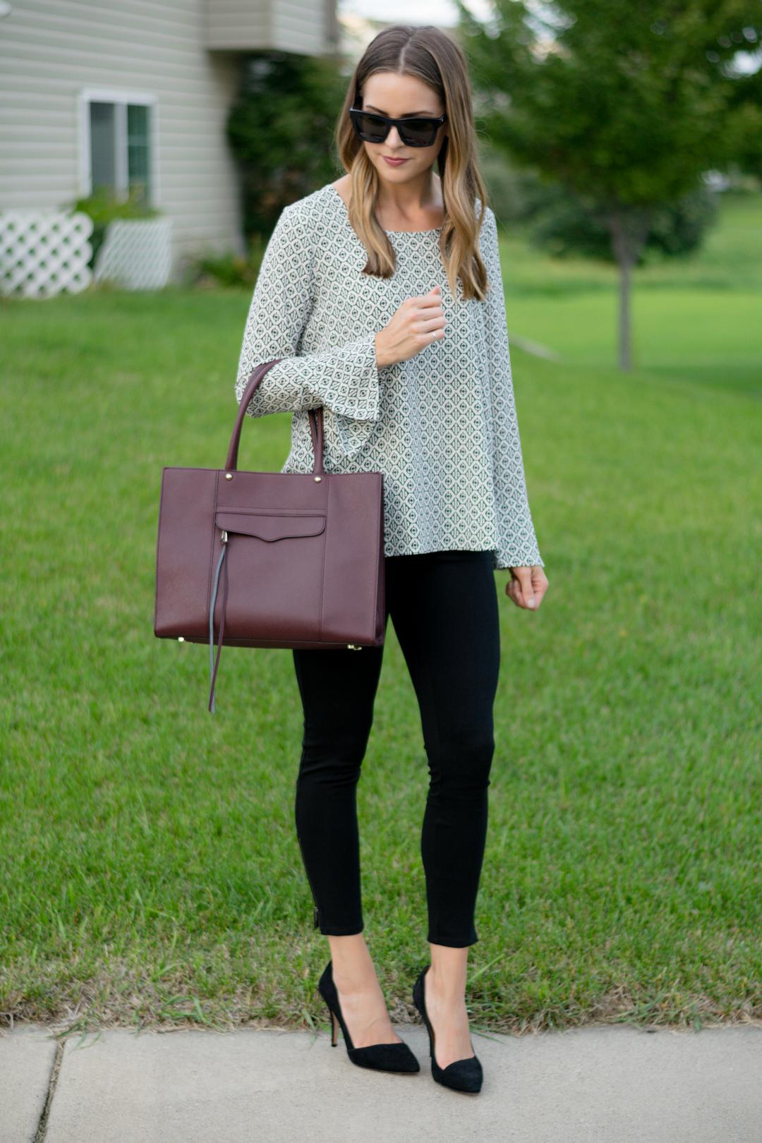 Pleione bell cuff high-low blouse
