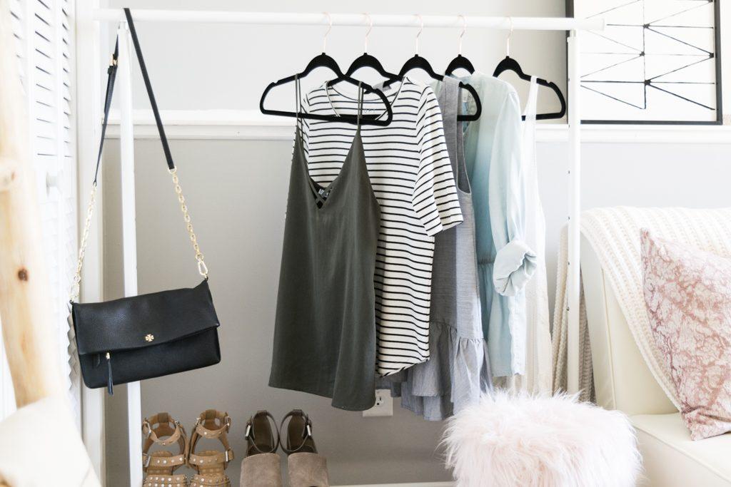 blogger office ideas, office Inspo, minimal office decor, Ikea clothing rack
