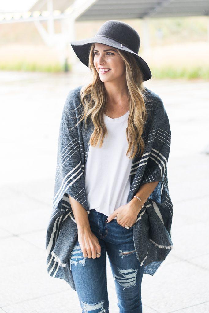 minneapolis fashion blogger, j.crew cape scarf, sorel lea wedge boots, floppy hat