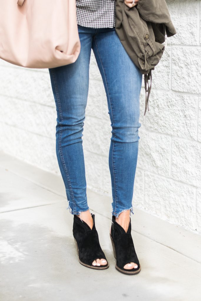 "fall outfit ideas, madewell 10"" tall chewed hem jeans, black vince camuto peep toe booties"