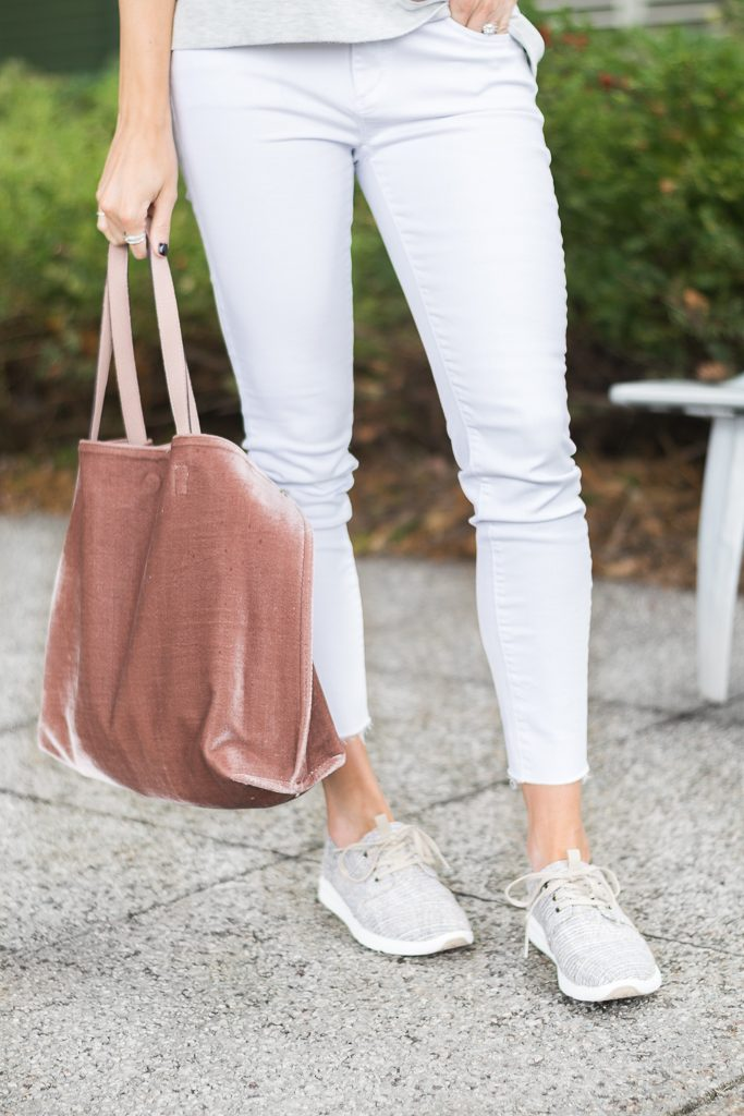 fall outfit ideas, free people velvet vegan tote, minneapolis fashion blogger, toms del rey sneakers, white jeans