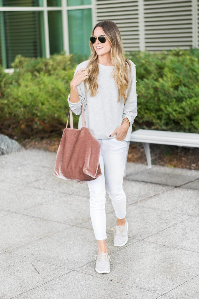 minneapolis fashion blogger, free people velvet vegan tote, minneapolis fashion blogger, toms del rey sneakers, white jeans