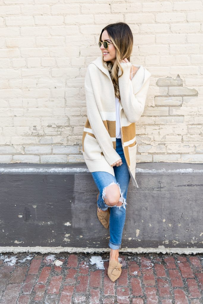Minneapolis fashion blogger, tahari pandora fawn suede, suede camel slides, lulu's Carlsbad hooded cardigan