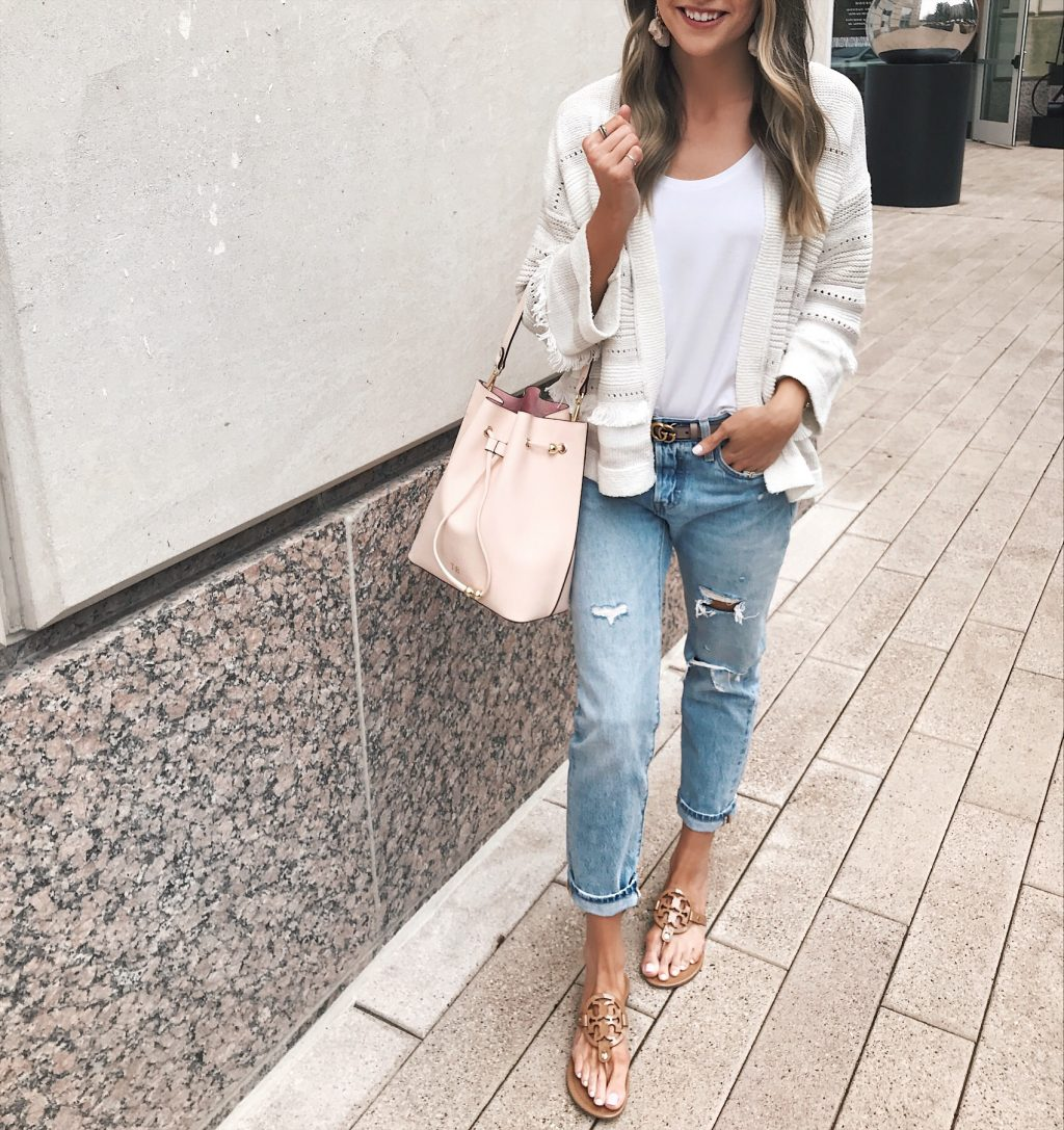 levi's girlfriend jeans, tde. bucket bag, the daily edited bucket bag, blush gucci belt