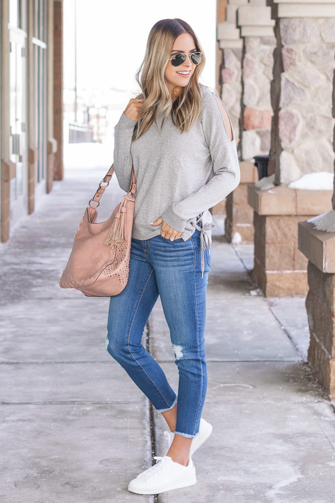 sofia jeans, walmart finds, womens fashion, minneapolis blogger