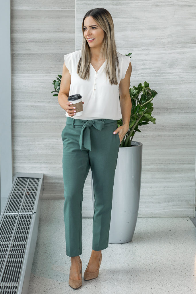 spring work wear, office outfit, loft, tie waist pants outfits