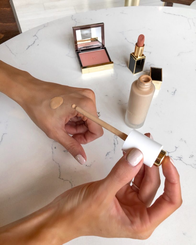 tom ford makeup, soleil flawless glow foundation review 5.5 bisque