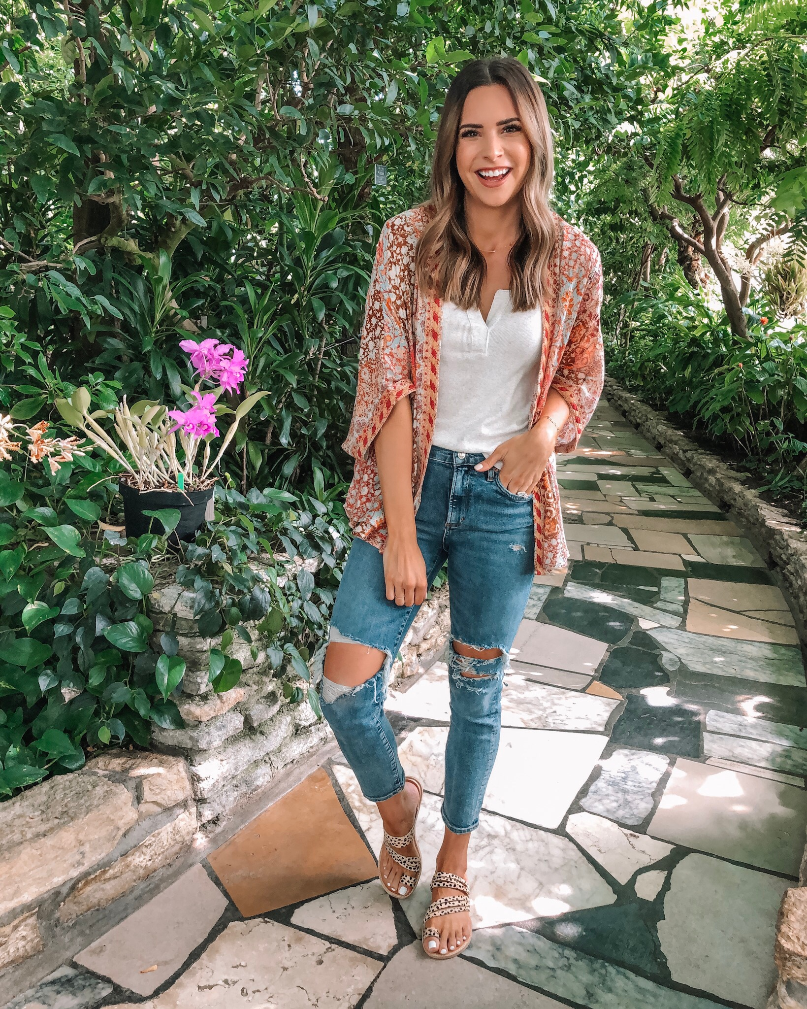 evereve Mother's Day sale 2019, Allison joy mosaic kimono, bobi rib tank, agolde Sophie crop, dolce vita Nelly leopard slides