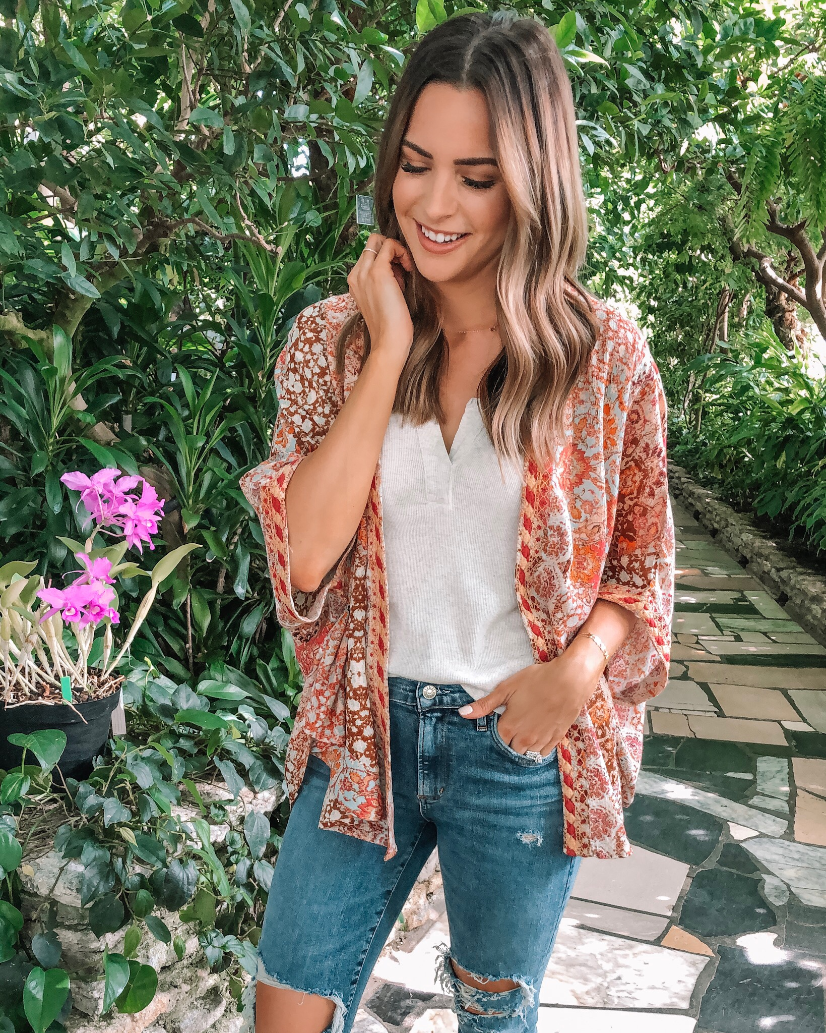 evereve Mother's Day sale 2019, Allison joy mosaic kimono, bobi rib tank, agolde Sophie crop, dolce vita Nelly leopard slides