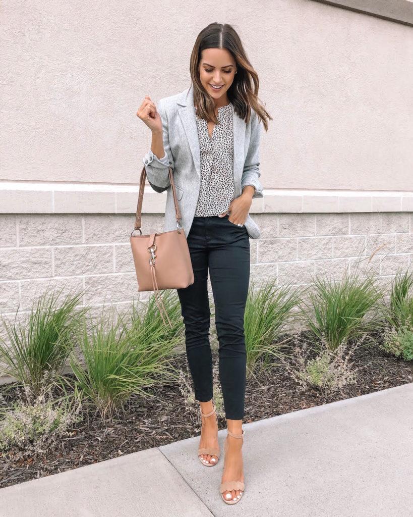 loft fall workwear, Labor Day Sale, Ann Taylor, business casual, women's grey blazer, black skinny work pants, work wear, office outfit
