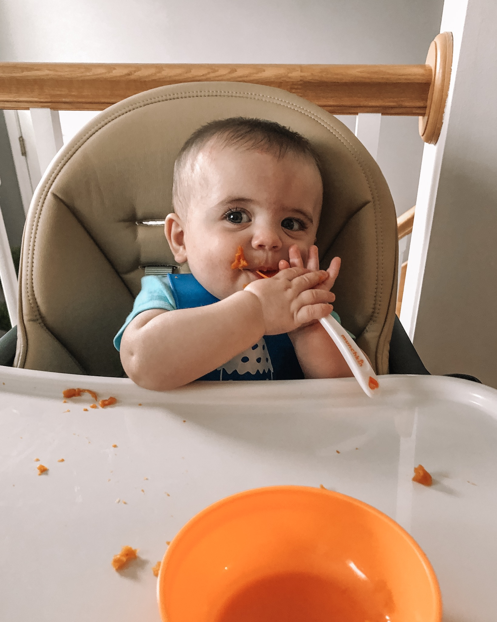 Keldon 6 month update and schedule, baby, starting solids, BLW, baby led weaning
