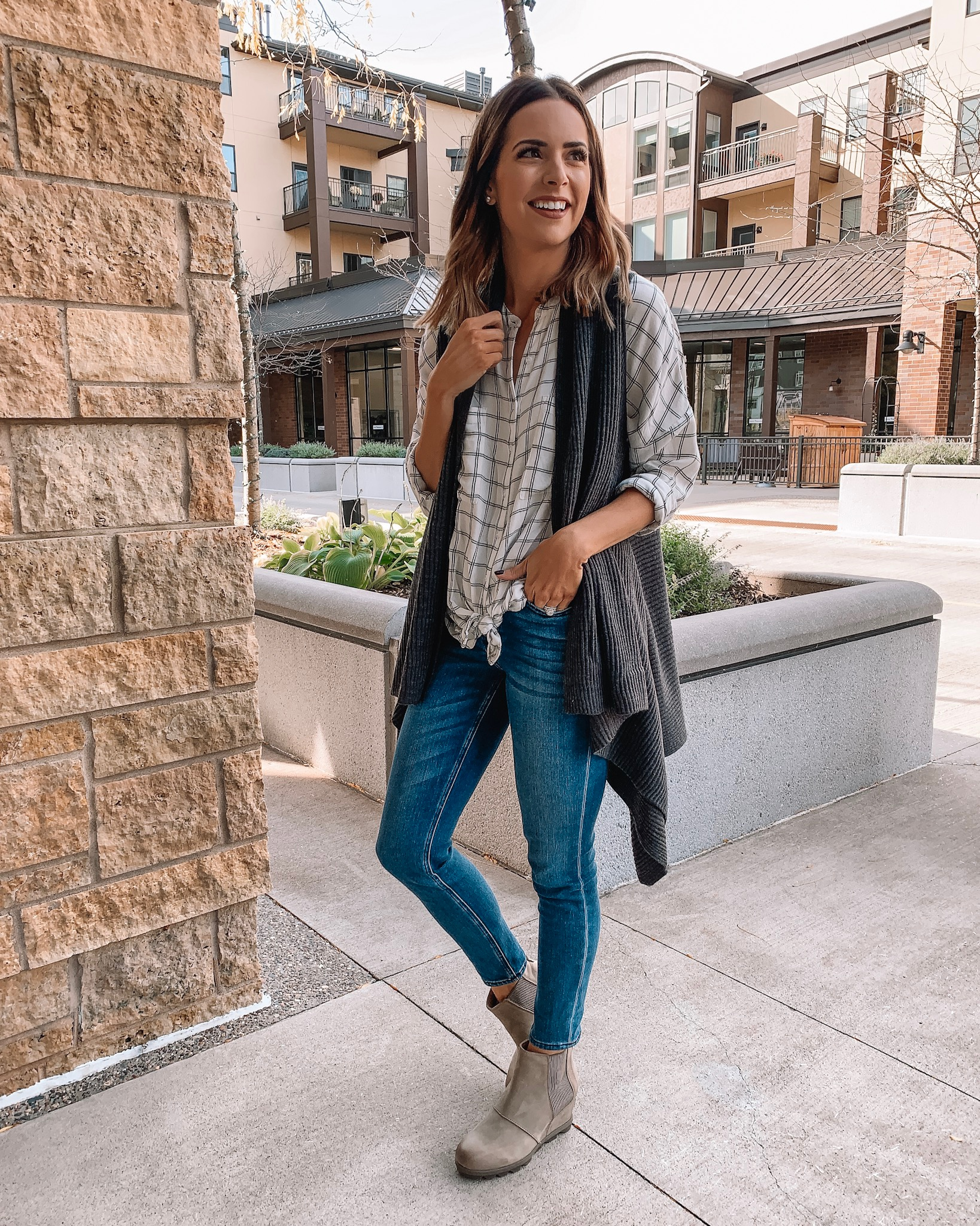 versatile fall/winter boots, Sorel Joan of arctic wedge II Chelsea boots ash brown, Minneapolis blogger, fall outfit, winter fashion, #loveloft