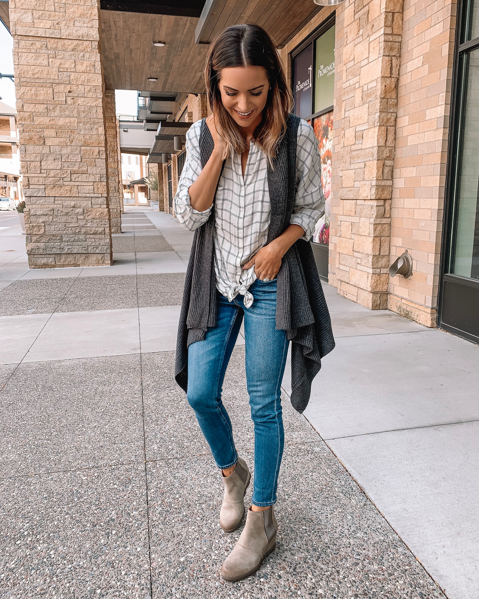 versatile fall/winter boots, Sorel Joan of arctic wedge II Chelsea boots ash brown, Minneapolis blogger, fall outfit, winter fashion, loft sweater vest