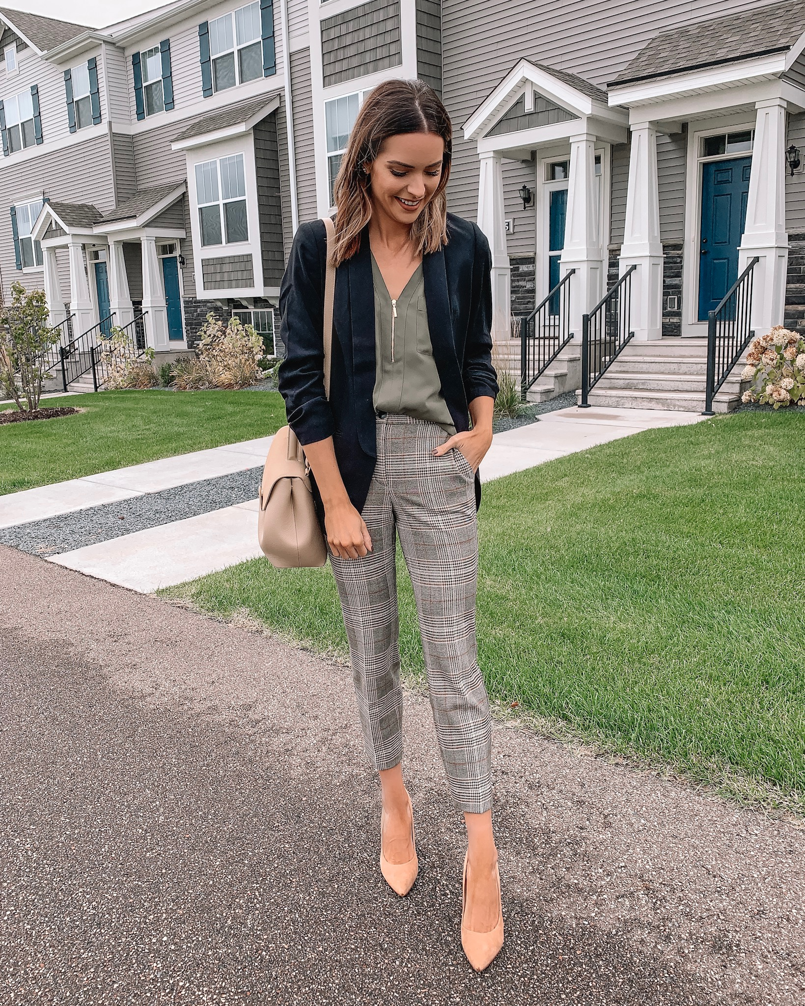 how to style plaid pants, workwear outfit fall, express, black blazer