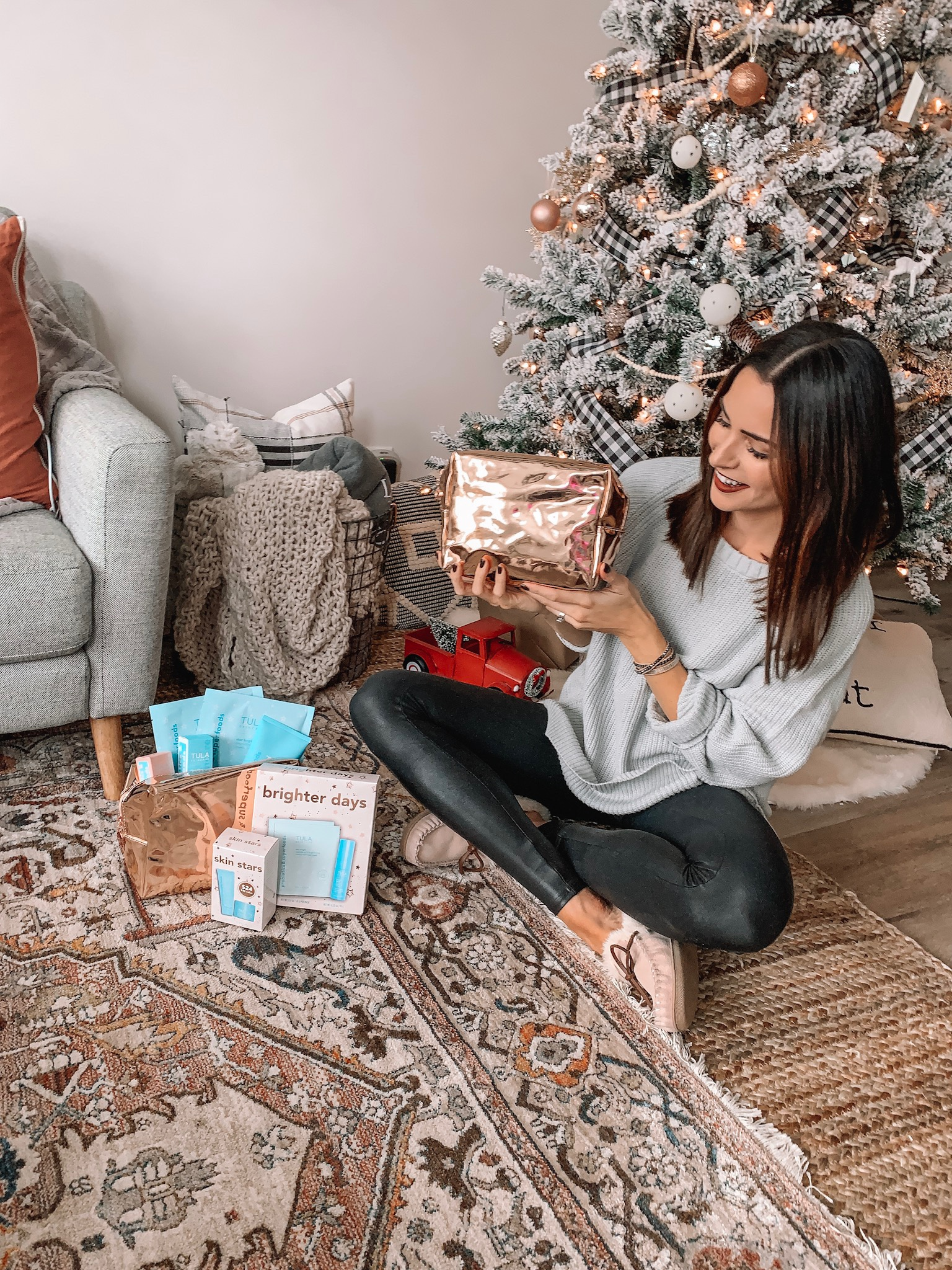 tula holiday kits, gift guide for skincare lovers, gift ideas for her