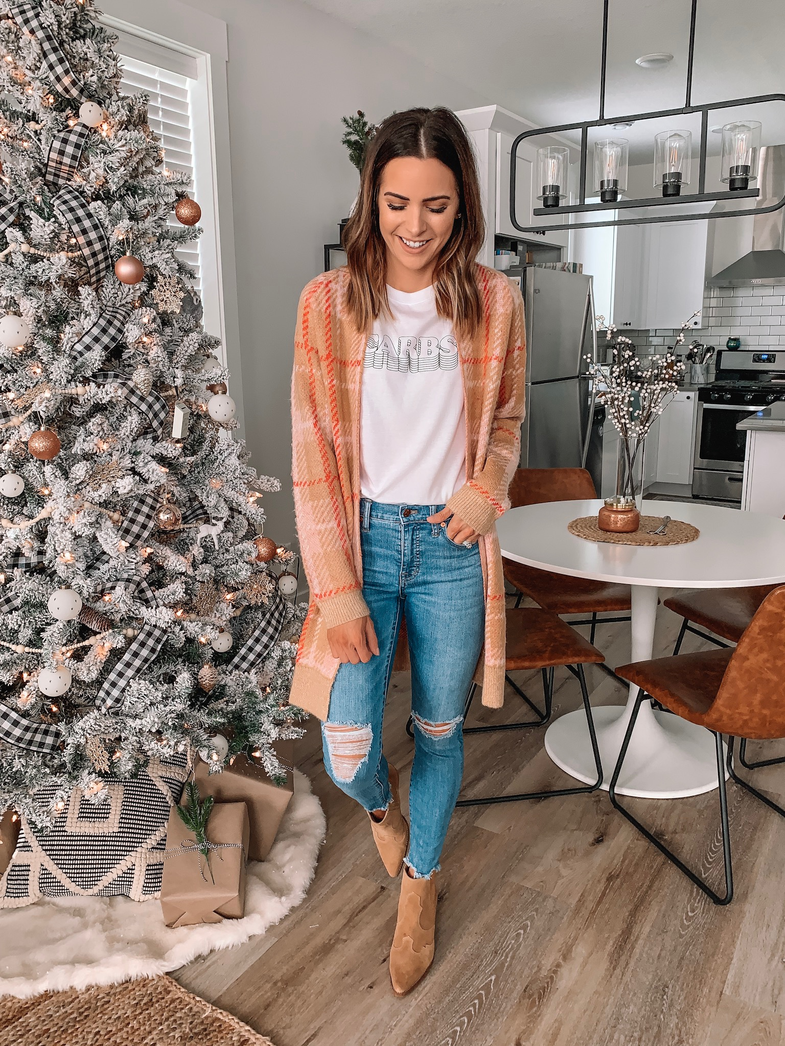 thanksgiving outfit ideas, cute, comfy, Nordstrom, plaid cardigan, carbs graphic tee