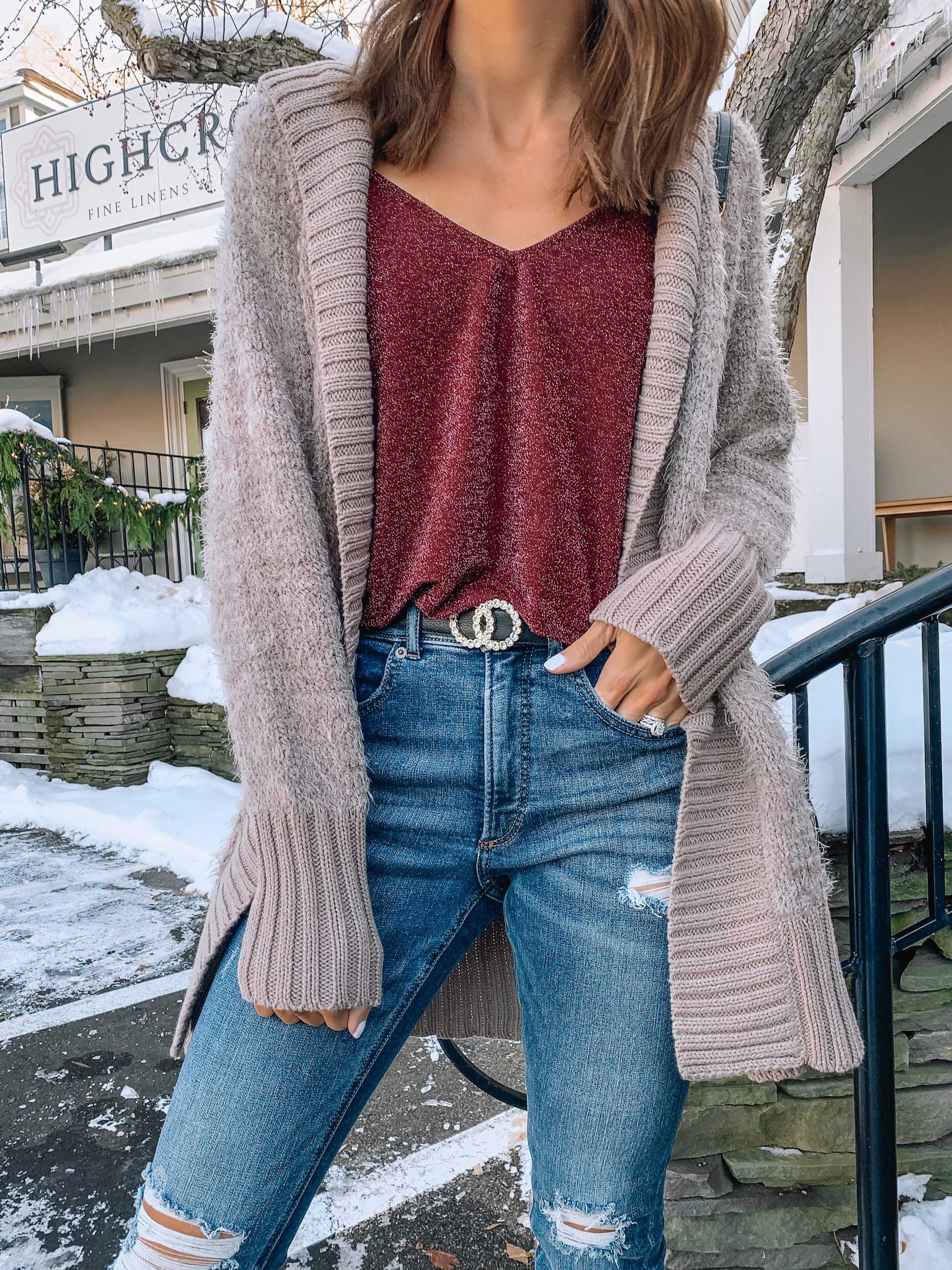 casual holiday outfit ideas, express, Christmas look, comfy