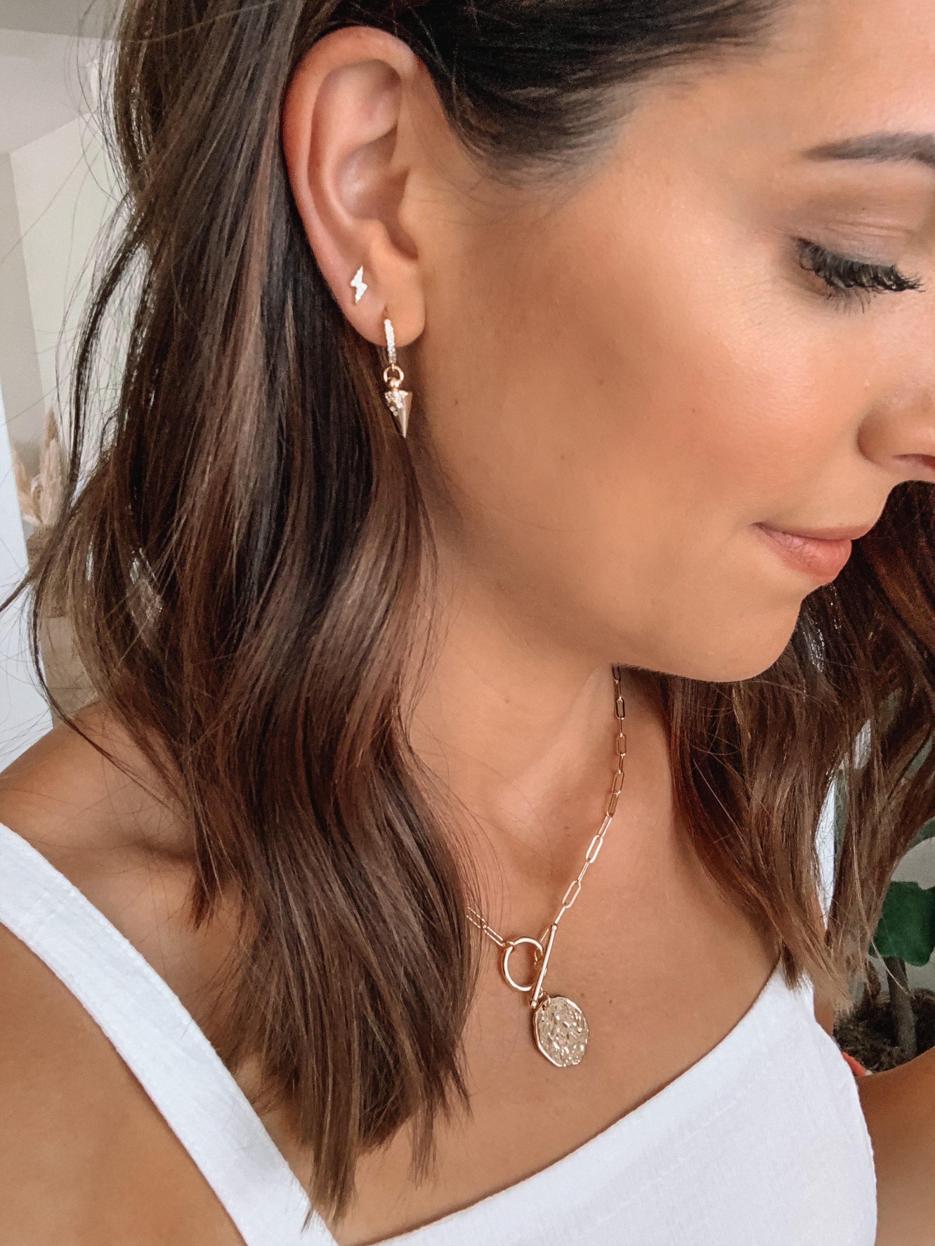 amazon finds, amazon fashion, huggie earrings, gold hoops, bolt studs