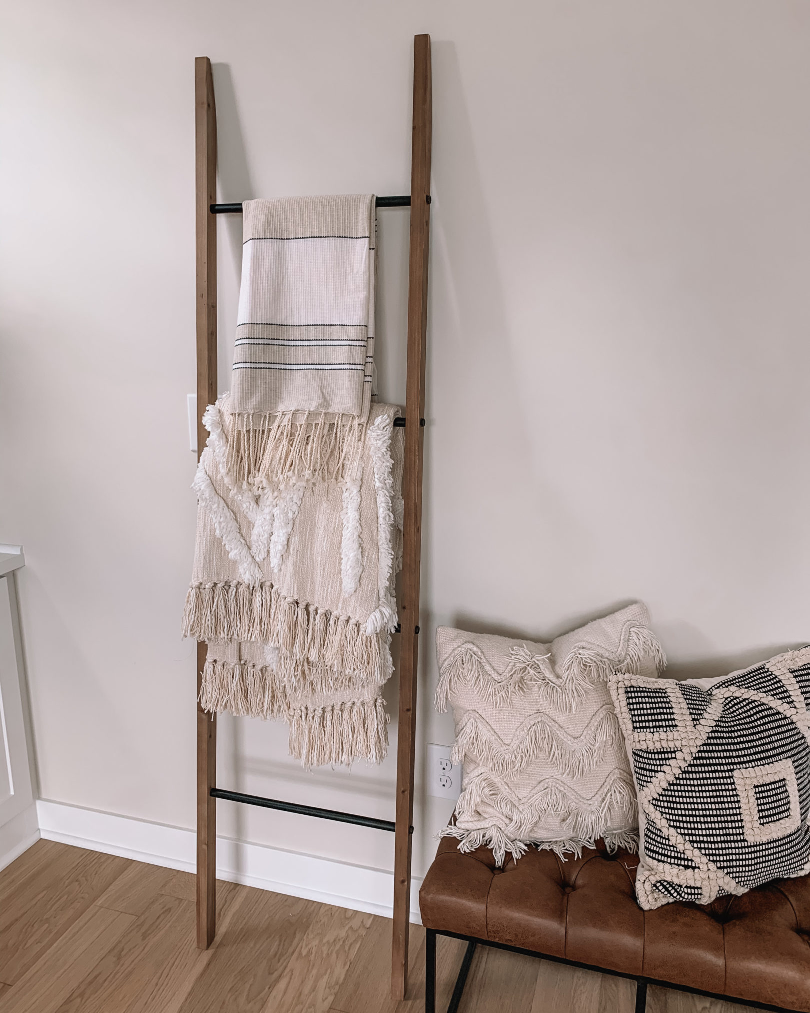 amazon home, amazon home decor, blanket ladder, affordable blanket ladder