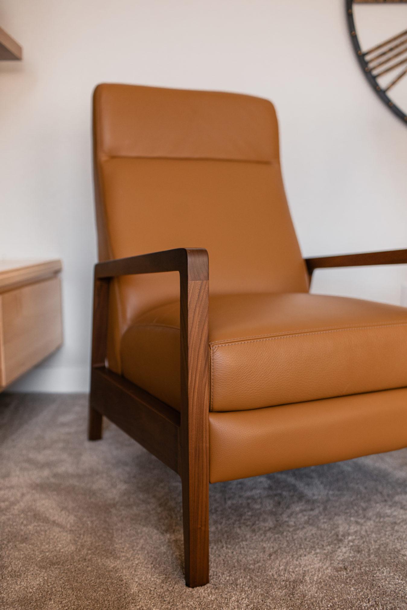 room & board Westport leather recliner