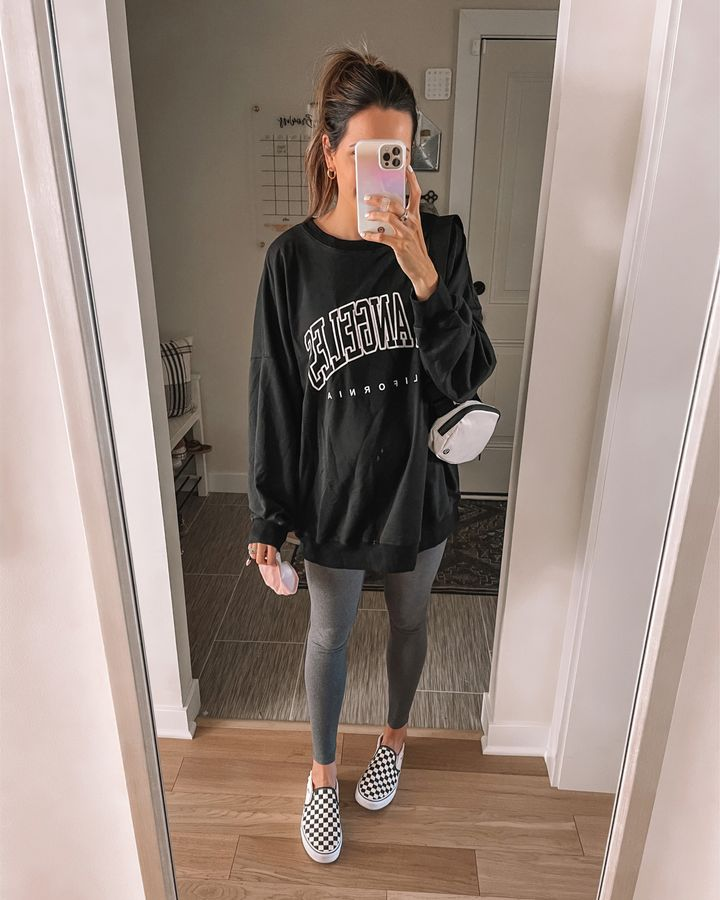 oversized-crewneck-pullover